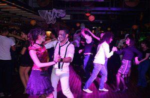 rasa halloween dans gecesi